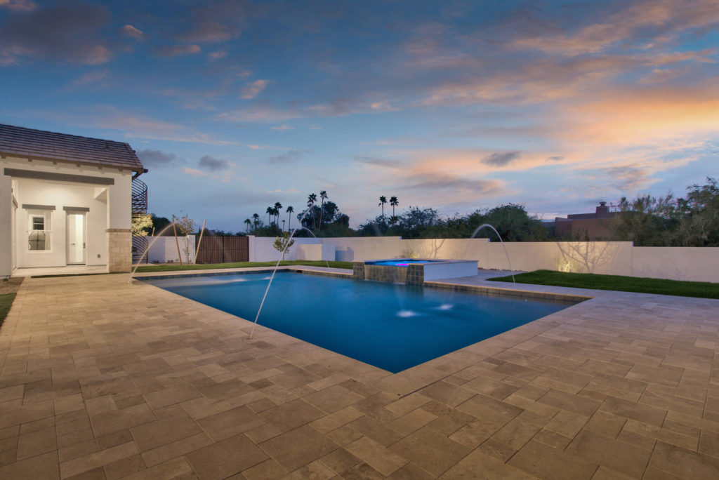 Modern-Farmhouse-Pool-Area