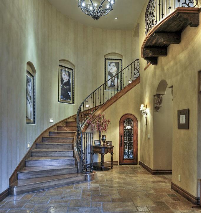 ILH_13177 Staircase-smaller